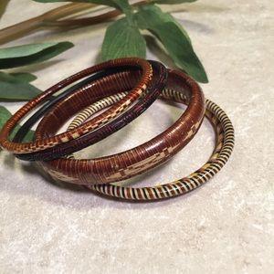 Jewelry - Bundle 5 wooden woven bangles boho chic